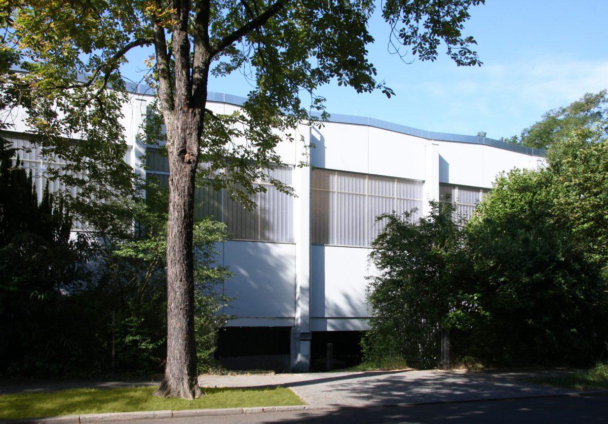 Sporthalle, Außenansicht, Willi Graf Oberschule – Berlin