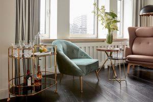 Sitzecke im Zimmer, Sir Nikolai Hotel, Hamburg