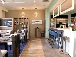 Bar, Upstalsboom Waterkant Suites
