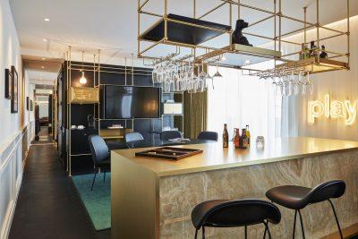Zimmer mit Bar, Roomers Hotel München