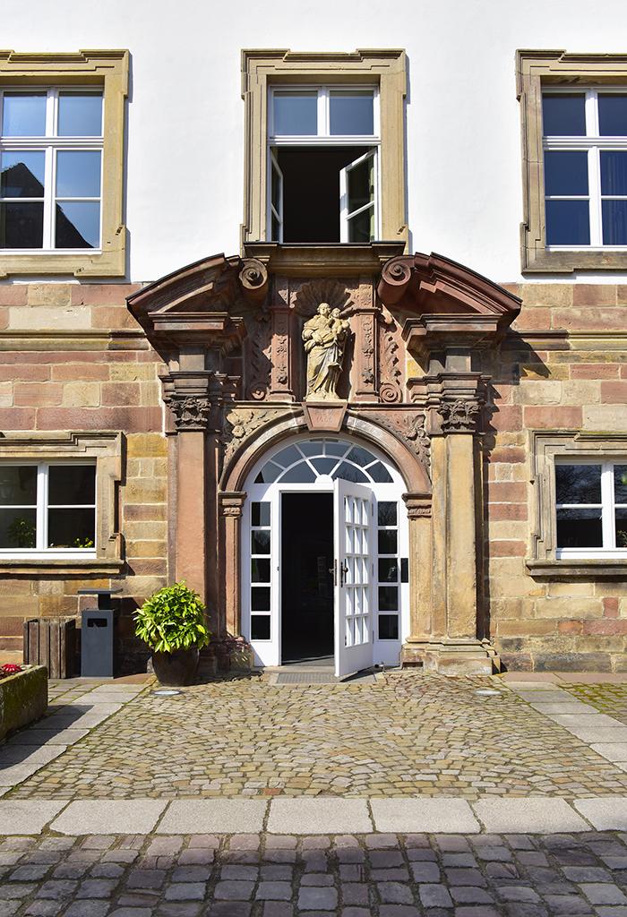 Eingangsportal, Katholische Landvolkshochschule Hardehausen ©Jan Braun
