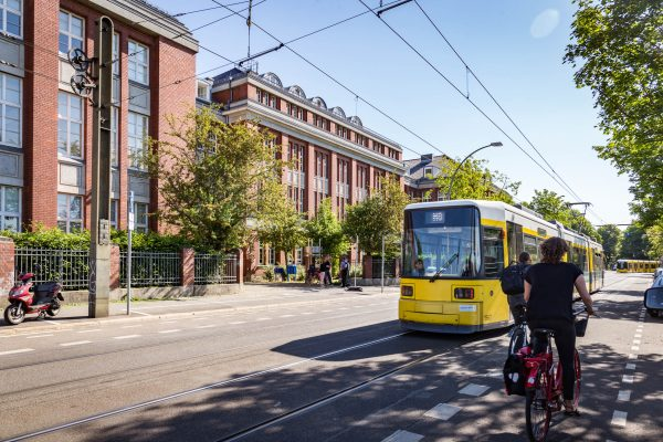 Ansicht von der Straße, Herzberg-Campus, ©Trockland